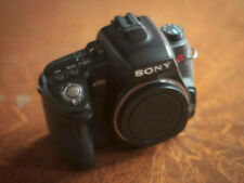 Sony A580 DSLR Body with Sony VG-B50AM Grip (main trigger needs service)
