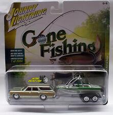 1:64 JOHNNY LIGHTNING GONE FISHING 2017 REL 2B 1973 CHEVY CAPRICE  BOAT TRAILER