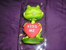 Frog -- Valentine -- Bobblehead Figure