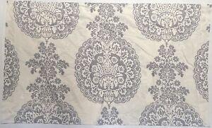 Pottery Barn Lucianna Medallion 2 King Pillow Shams 100% Cotton Beautiful