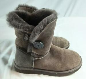 UGG Bailey Button Brown Suede Boots With Sheepskin Lining. Size 5