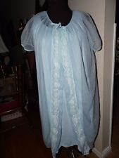 VTG. 2 pc  Nightgown and Robe Lingerie~Size M~Medium Length~Blue