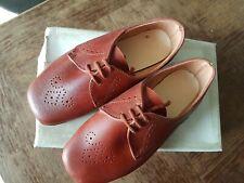 8a477ed594e2a Ancienne paire de chaussure enfant ou poupée neuf taille 24