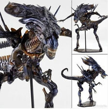 Hot Aliens vs Predator Kaiyodo Revoltech 018 Alien Queen PVC Action Figure Gift1