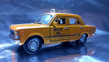 * Welly -  Fiat 126P Poland Taxi - WPT No 1313 Gold Scale 1:34