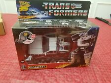 IN HAND HASBRO TRANSFORMERS BACK TO THE FUTURE 35th GIGAWATT ACTION FIGURE