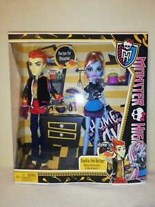Monster High Abbey Bominable and Heath Burns - Home Ick 2012 BNIB. LAST ONE!