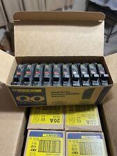 Square D Qo120 Box Of 10 Pole 20 Amp 120240v Plug In Circuit Breaker