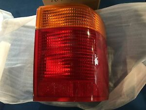 USED GENUINE RANGE ROVER RIGHT 95-99L OUTER TAIL LAMP ASSEMBLY AMR4102