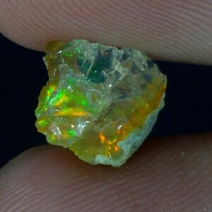 00.80cts.BEAUTIFUL NATURAL MULTI POWER ETHIOPIAN OPAL ROUGH LOOSE GEMSTONE