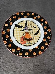 """At Home With MARY ENGELBREIT Halloween PUMPKINS Bats WITCH 8"""" PLATE 2002"""