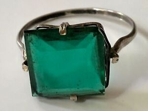 Antique Art Deco sterling silver and green paste cocktail ring band size R 1/2