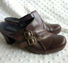 Clarks Artisan Womens Clog Heels Leather Brown Sz 7M SlipOn Career Casual Buckle