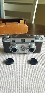 Vintage Revere Stereo 33 Camera w/ lens protectors & Leather Case