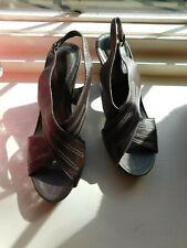 CLARKS ARTISAN Metallic Bronze Criss-Cross Leather Slingback Sandals Heels sz 8