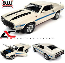 AUTOWORLD AMM1229 1:18 1970 FORD SHELBY GT-500 (WIMBLEDON WHITE)