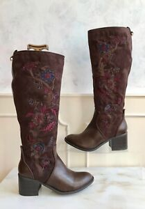 TU Brown Embroidered Faux Suede Knee High Zip Floral Boho Cowboy Boots Size 7