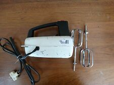 VINTAGE RARE WESTINGHOUSE 3 SPEED HAND MIXER WHITE AND BLACK,Works Great!!