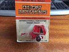ERTL #1758 1/64 Scale International Harvester Round Baler - Blister Pack