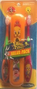 Looney Tunes Toothbrush Pack of 2 Soft Bugs Bunny Tweety Bird + Storage Case New