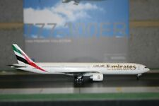 Dragon Wings 1:400 Emirates Boeing 777-300ER A6-EBB (55916) Die-Cast Model Plane
