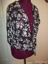 RUE 21 LADIES SIZE S SEE THRU JACKET SHIRT BLACK/WHITE  FLORAL 3/4 SLEEVES COVER