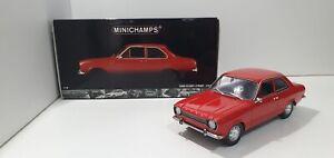 1:18 Ford Escort MK1 Street 1971 Red Minichamps Model Car