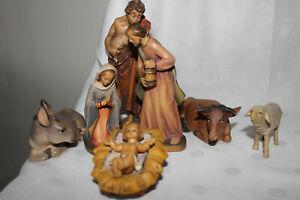 Krippenfiguren Hl. Familie mit Ochs & Esel und Hirte mit Schaf Holz geschnitzt