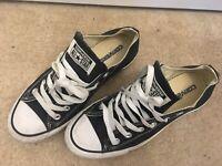 Converse All Stars Low Black White Sneakers Men's Size 8 Women's Size 10 VGC