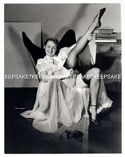 GREAT PINUP!!  LADY IN NEGLIGEE CUBAN HEELED NYLONS STRAPPY HEELS FEET TOES P-F1