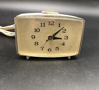 Vintage MCM Atomic GE GENERAL ELECTRIC light up Dial Electric Alarm Clock 7322K