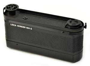 Leica WINDER M4-2  Leitz 14214 Made in Canada mit Batteriefach Leitz 14227 TOP !