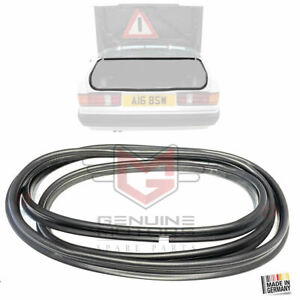 MERCEDES W201 SERIES BOOT / TAILGATE WEATHERSTRIP SEAL 1982-93, A2017500098