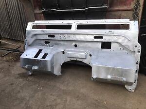 Land Rover Defender 90/110/130 Series Galvanised Bulkhead