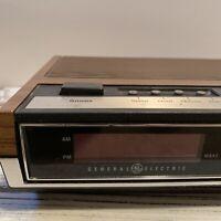 General Electric GE Alarm Digital Clock AM FM Radio Model 7-4633 D Vintage 1970s