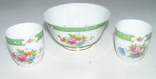 Tuscan 'Lowestoft' Pattern in Green. Two Egg Cups and Matching Small Bowl.