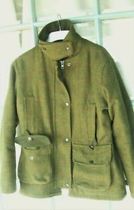 WALKER and HAWKES  Green Tweed Field Jacket 12 Cartridge pockets, quilted lining