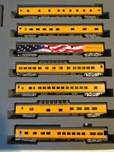 kato excursion train 7 car set UNION PACIFIC