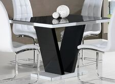 ART DECO CONTEMPORARY BLACK AND WHITE HIGH GLOSS DINING TABLE WITH GLASS