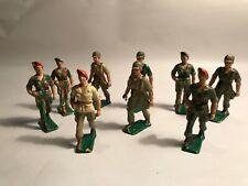 Figurines vintage, 9 militaires  STARLUX vers 1960 socle vert