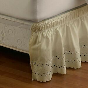 "Smoothweave 14"" Ruffled eyelet King Bed Skirt In Ivory new opened Package"