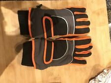 Boys Marks And Spencer Padded Gloves Age 6-9 Years Brand New