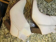 NEW GUESS SANA IVORY BOOTIES BOOTS WOMENS 10 ANKLE BOOTS