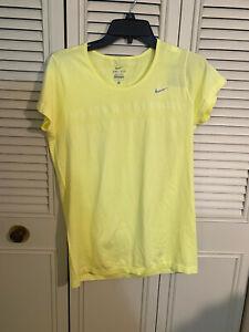 NWT Nike Knit Short-Sleeve DRI FIT Women's Yellow Running Shirt 644680 702 Sz L
