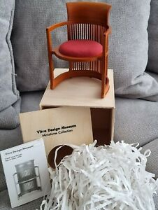Vitra Miniatur BARREL CHAIR Stuhl by Frank Llyod Wright