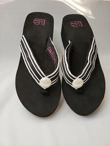 "LuLu Designs, Inc. Switch Flops Size 8  PolkaDot Black Flip Flop Sandals 2"" Heel"