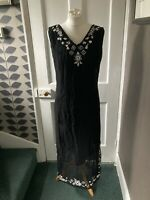 DASH UK 16 EU 44 BLACK  LINED SLEEVELESS LONG DRESS WITH CREAM FLORAL TRIM