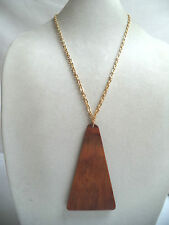 STUNNING VINTAGE WAREHOUSE NOS MID CENTURY WOODEN TRIANGLE NECKLACE!!! WGA1445