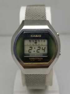 Vintage Casio Casiotron 03 501 LCD Digital watch