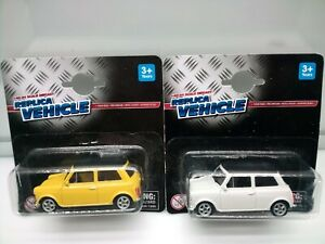 Welly / Mini Cooper 1300 - Yellow - Off White - Model Cars x2